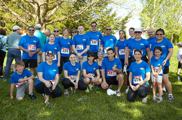 Event photographer Tim Horton Children Foundation runners walkers for the Camps May 2014 participants team at Bronte Park