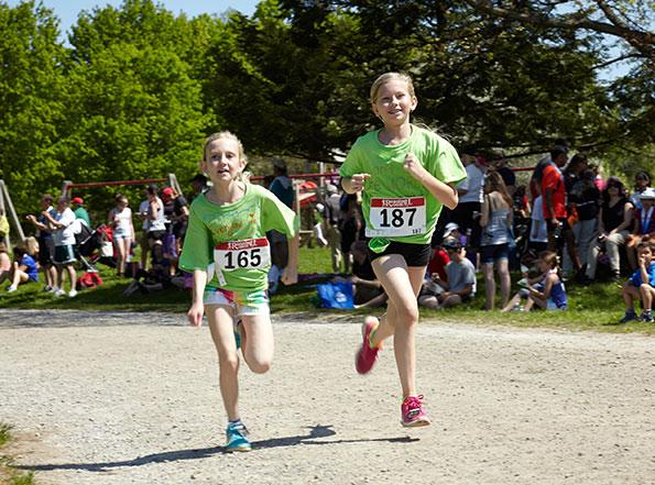 Event photographer Tim Horton Children's Foundation Running girls team Bronte Creek Provincial Park